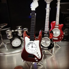 ELECTRIC GUITAR MINIATURE FENDER STATOCASTER STYLE MUSIC COLLECTIBLE DESKTOP MINI CLOCK GIFT