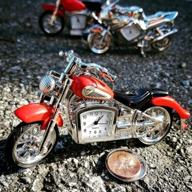 MOTORCYCLE MINIATURE INDIAN STYLE MOTORBIKE COLLECTIBLE MINI CLOCK GIFT IDEA