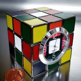 RUBIK'S CUBE MINIATURE DESKTOP NOVELTY MINI CLOCK COLLECTIBLE GIFT IDEA