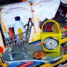 SHOPPING CART MINI CLOCK GROCERY SUPERMARKET COLLECTIBLE MINIATURE