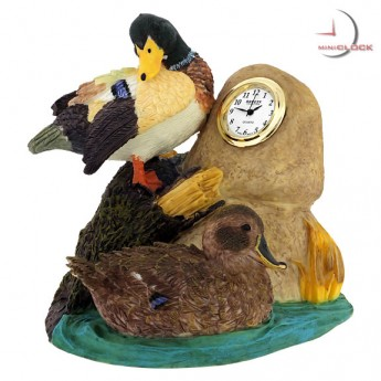 DUCKS ON POND MINIATURE FIGURINE DESKTOP MINI CLOCK BOOKEND