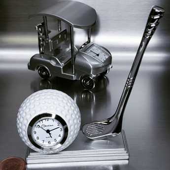 GOLF BALL & CLUB MINIATURE DESK TOP COLLECTIBLE MINI CLOCK