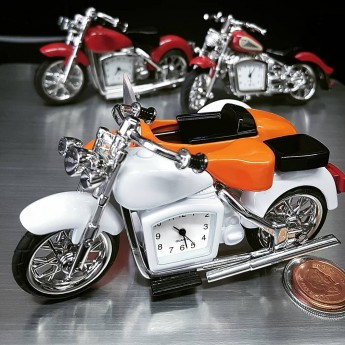 HARLEY STYLE MINIATURE MOTORCYCLE w SIDECAR COLLECTIBLE MINI CLOCK