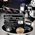 DIRECTOR STUFF MINIATURE MOVIE CAMERA CHAIR & CLAPBOARD COLLECTIBLE MINI CLOCK